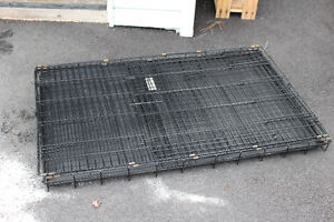 Collapsible Dog Kennels with hard plastic bottom tray