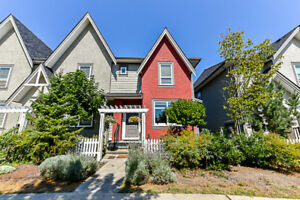 LANGLEY ROW HOME JUST LISTED!