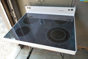 GE Glass Ceramic Cooktop