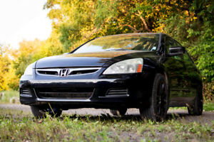 2005 Honda Accord - Fully equipped, Mag Wheels, Priced to SELL!!