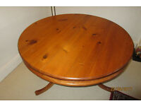 Antique pine circular table. 1.20 diameter with insert to make oval. Also 4 chairs inc. 2 carvers