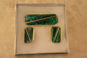 5TH Avenue Brooch and Clip On Earring Set