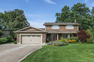 Waterfront NOTL 2-Story Home with Pool