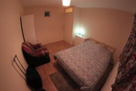 +Jerome+ MOVE IN TODAY, Spacious Double Room to Rent is Available NOW near Startford