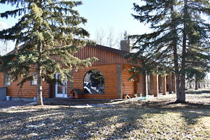 NEW PRICE > LOG HOME ACREAGE FOR SALE B/T PEACE RIVER & FALHER