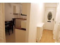 A double room in a friendly flat, 5 min from Excel Centre