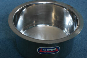 "Brand New 12"" Round Dia STAINLESS STEEL cooking pot for sale"