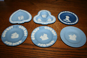 Wedgewood Blue 7 Pieces- NEW PRICE Belleville Belleville Area image 4