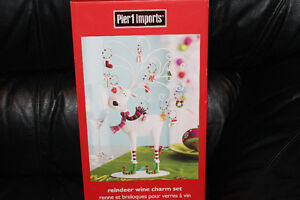 Pier 1 - reindeer wine charm set - brand new in box