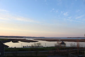 Vacation in the Heart of Wolfville Overlooking the Ocean