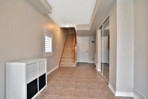 2 Bedrooms, 1.5 Bath Rooms Townhouse for rent in Milton
