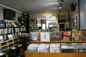 New and Used Vinyl Records LPs 33's & 45's