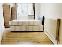 1 bedroom flat in Riverway, London, N13