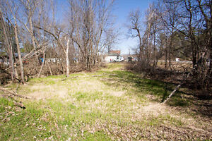 Great sized Lot in Clarence- Rockland - 200 Feet from the water