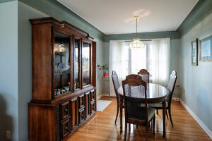 TASTEFULLY FINISHED SOUTH WINDSOR HOME WITH A BEAUTIFUL BACKYARD Windsor Region Ontario image 5
