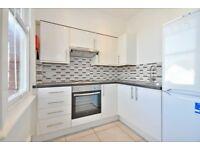 2 bedroom flat in Anson Road, Willesden Green, NW2