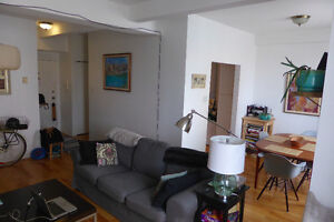 PLATEAU, LARGE 2 BEDROOM,RENOVATED. GREAT FOR ROOMATES!