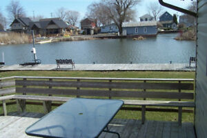 Turkey Point Cottage with water access, Weekly Rentals Only