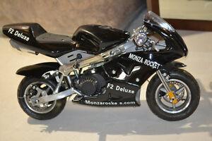Daymak - F2 Deluxe Pocket Bike - Gasoline