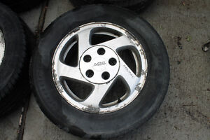 4 Alloy rims P215/60R15 93T with tires