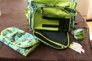 JU JU BE- EXCELLENT CONDITION- DIAPER BAG, PACI-POD, CHANGE MAT! Strathcona County Edmonton Area image 5