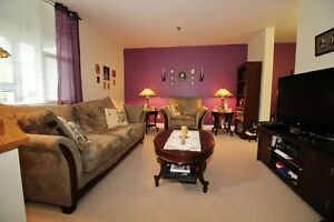 HOT NEW PRICE!!! Beautiful 2 level Rockingham Condo