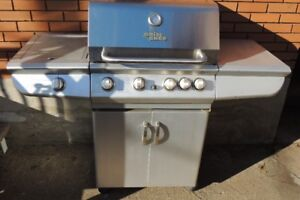 Charcoal (barbecue) a vendre