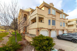 *GOLF IN PARADISE!  9 Canyon Court West - Canyon Condo for Sale