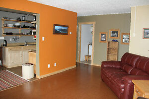 Newly renovated, 2 bedroom condo in Hillcrest with view