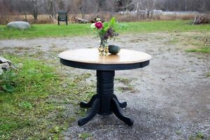 Beautiful Refinished Black Kitchen/Dining Pedestal Table
