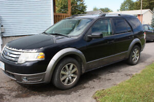 2008 Ford Taurus X SEL SUV, Crossover