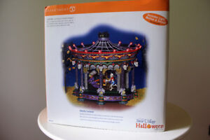 Department 56 – Village d'Halloween – Ghostly Carousel