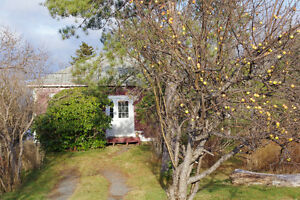 Small, beautiful home between Bull Arm - Clarenville