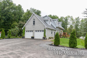 Family home on 6.3 acres, only 5min north of Belleville ON