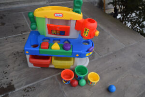 Little Tikes Discover Sounds Workshop - Like NEW 18 months +