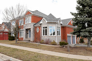 Executive Rental In Desirable Joshua Creek Area Of Oakville