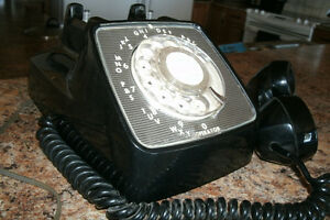 Old Style Retro Rotary Desk Phone