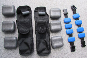 Lead weights with quick release pouches