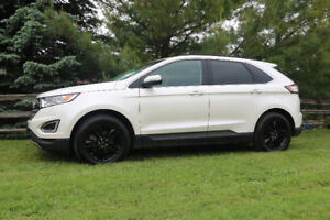 VERY CLEAN 2015 FORD EDGE