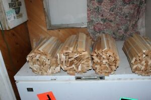 cedar kindling 2$ bundle