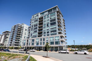 2 Br Luxury Wharf Condo with Unobstructed Ocean View