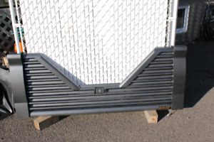 Tail gate 2014 pour Ford F150