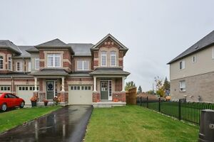 3 Bedroom Freehold Townhome For Sale in Orangeville