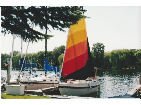 Used 1980 Other TANZER 26