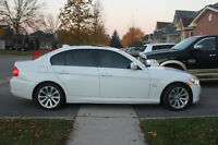 2011 BMW 335i Xdrive - Exec/Sport/Tech/Warranty