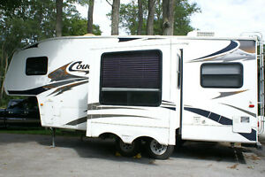 WILLING TO TRADE!  2007 Cougar by Keystone, ½ Ton Towable Peterborough Peterborough Area image 5