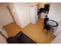 1 bedroom flat in West Street, Reading, RG1