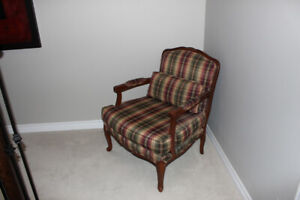Chair - Wood frame traditional - Custom Bergere -  Almost new