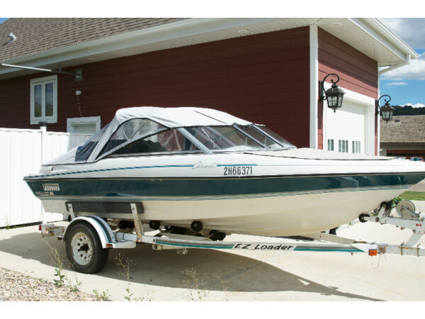 Used 1994 Other Vanguard Calais GT Boat