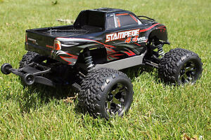 traxxas stamped 4x4 vxl brushless